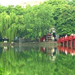 hoan kiem lake, travel to vietnam